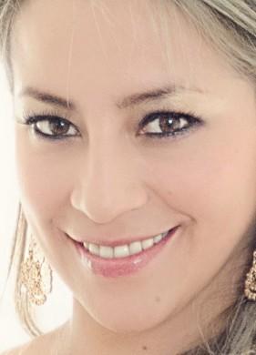 la belleza de una mujer es su la sonrisa_1